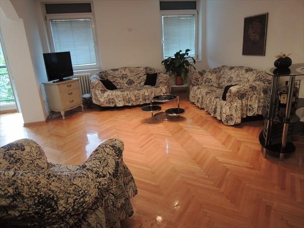 Stan - 65m² - Filmski Grad Ilije Stojadinovica