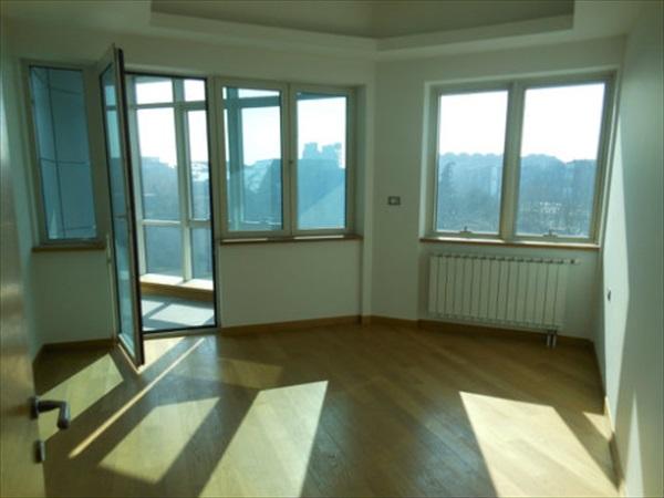 Stan - 200m² - Novi Bgd(sava Centar) Park Apartmani