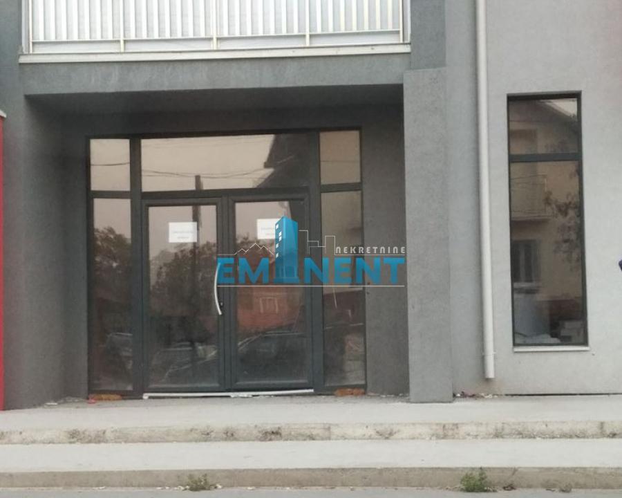 Poslovni prostor 80m² Altina