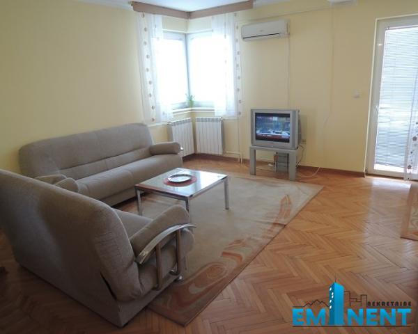 Stan 55m² Zemun sava Kovačević Mića Radakovića