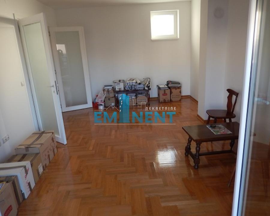 Poslovni prostor 97m² Gundulićev Venac Gundulićev Venac