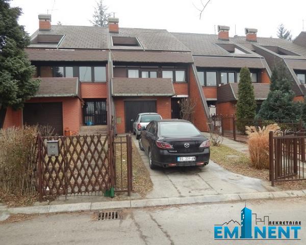 Kuća 180m² Barajevo Brane Petronijevića