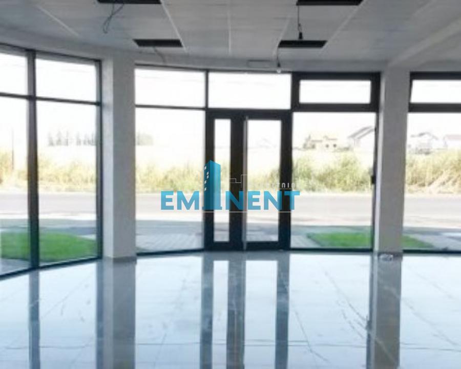 Poslovni prostor 160m² Surčin Vojvođanska