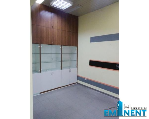 Poslovni prostor 70m² Centar donji Dorćol Dunavski Kej