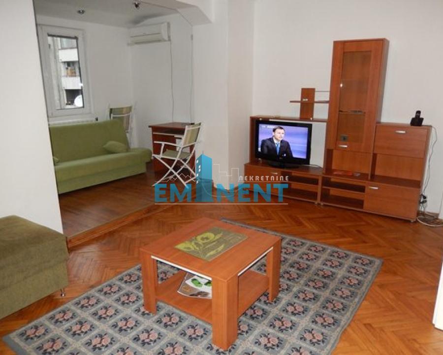 Stan 60m² Centar centar Maršala Birjuzova