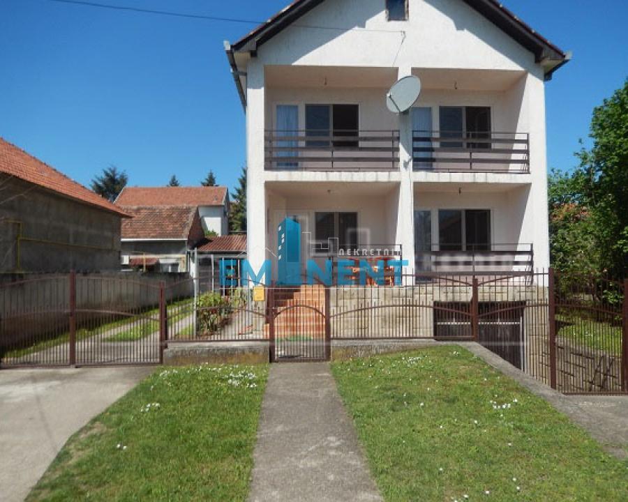 Kuća 280m² Nova Pazova Novi Banovci