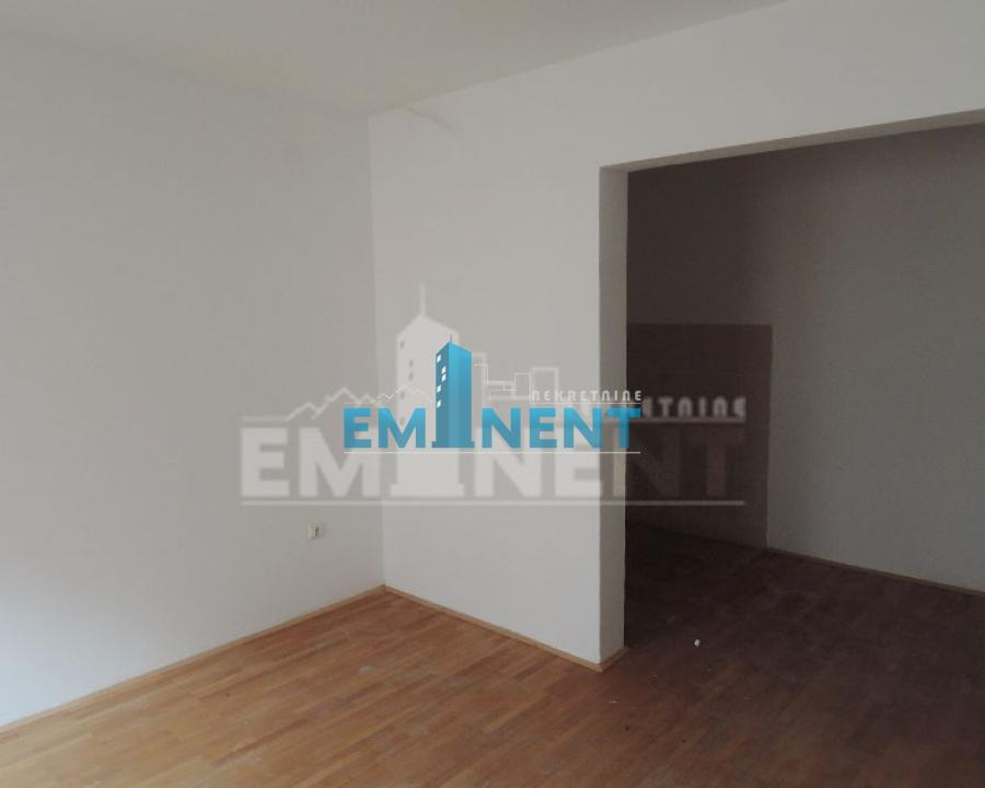 Stan 42m² Beli Dvor Mihaila Avramovića