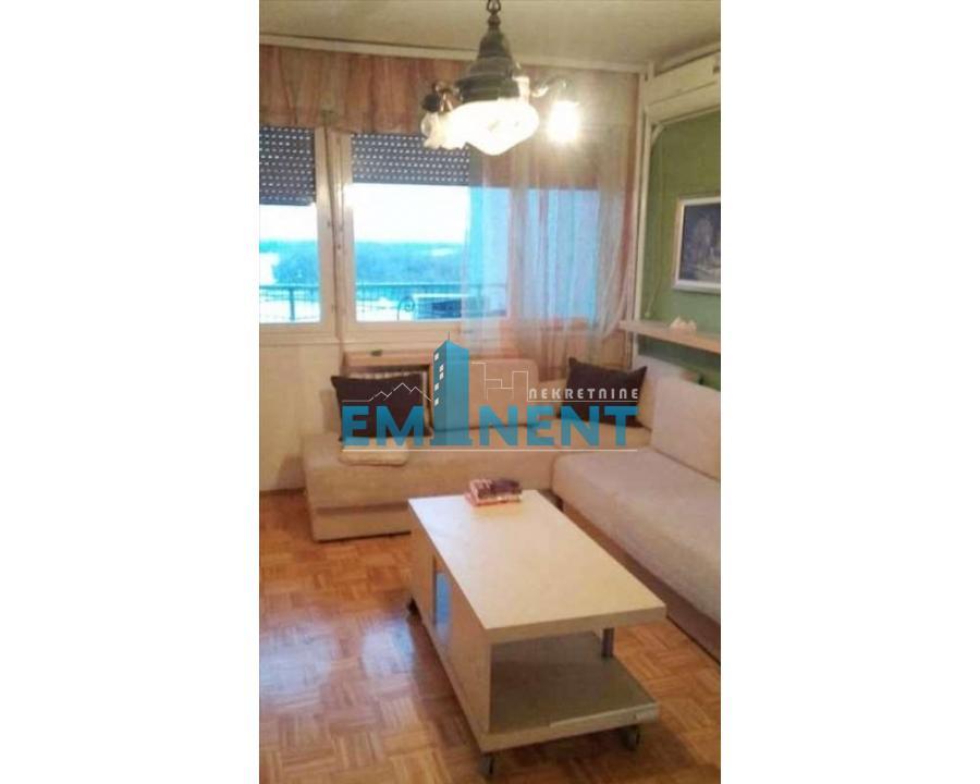 Stan 64m² Hotel Jugoslavija Karađorđev Trg