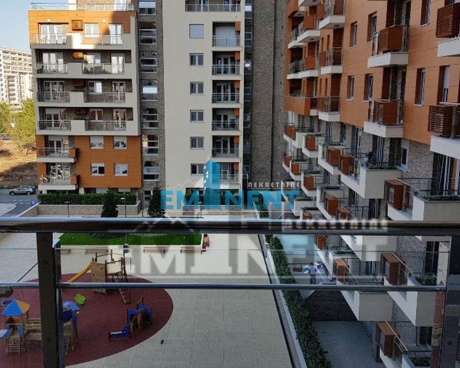 Stan 140m² A Blok Jurija Gagarina