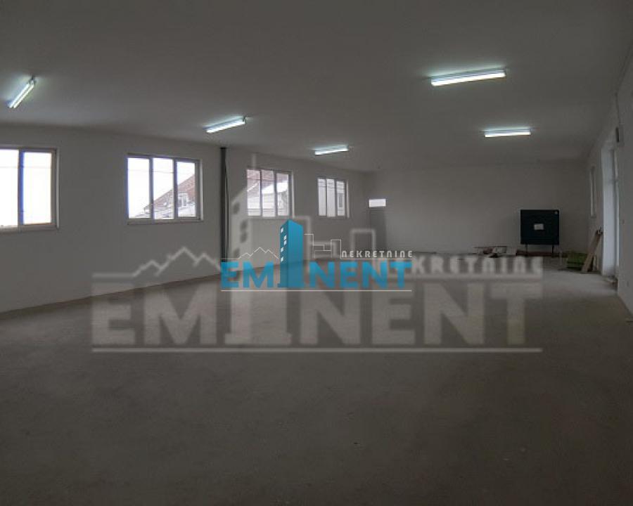 Poslovni prostor 185m² Bežanijska Kosa Bežanijskih Ilegalaca