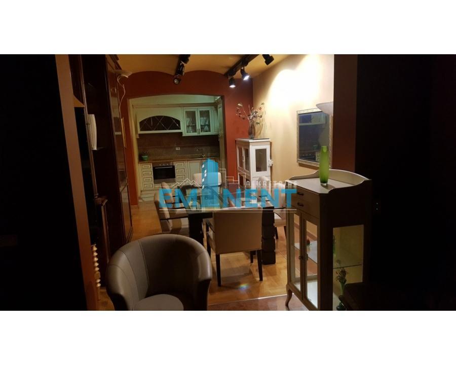 Poslovni prostor , Beograd (grad) , Prodaja | Poslovni Prostor 150M² Neimar Nebojšina