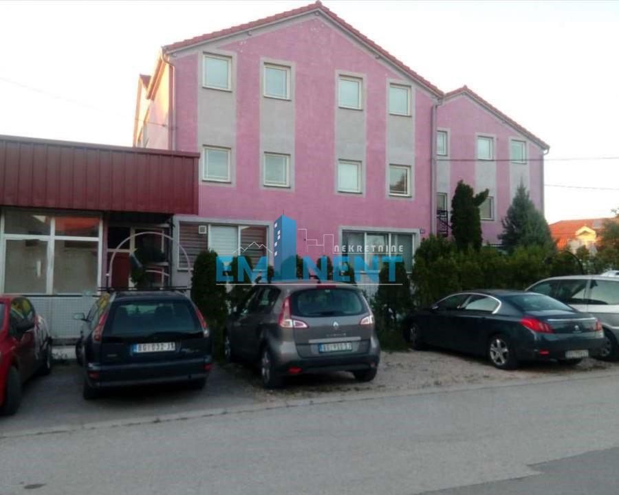 Poslovni prostor 240m² Altina