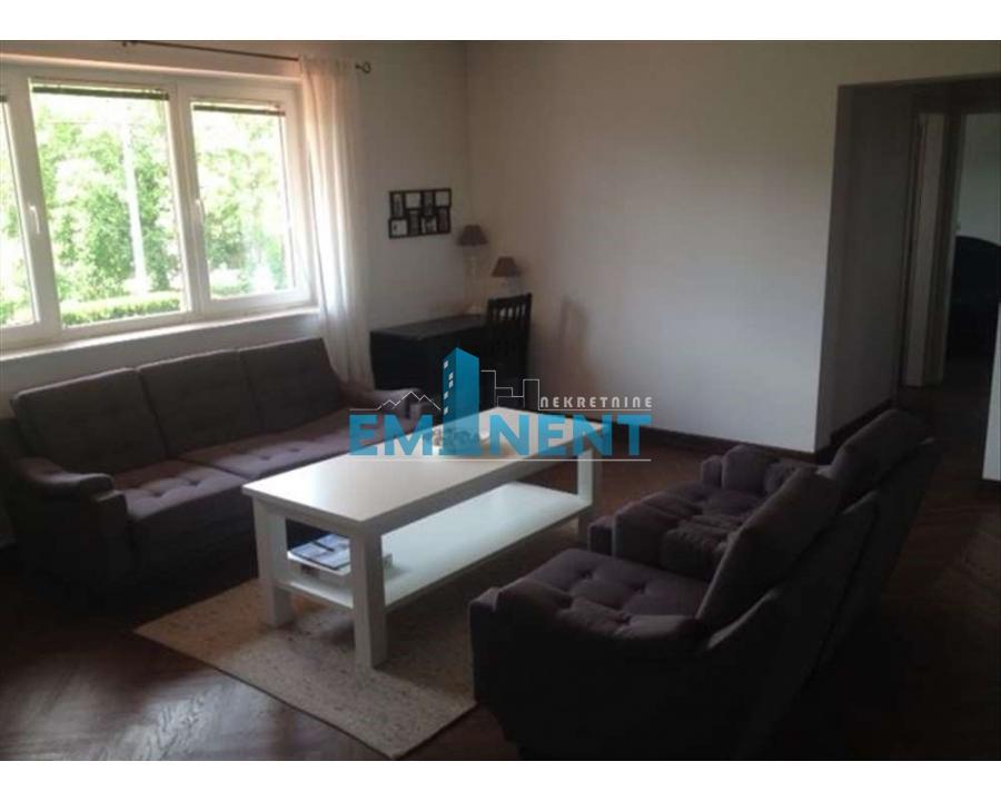 Kuća 85m² Altina