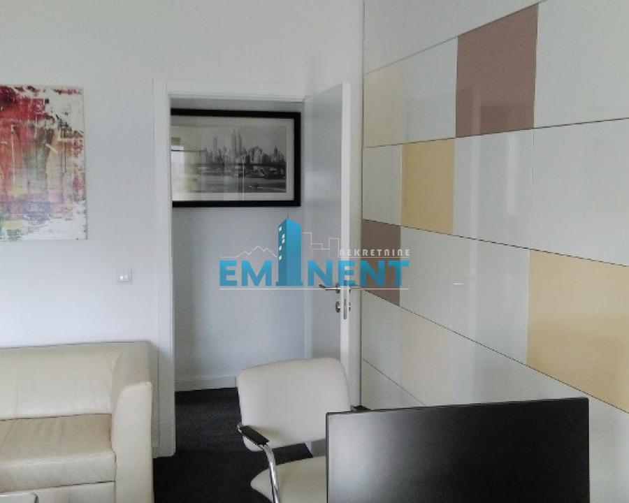 Stan 125m² Novi Bgd blokovi Evropska