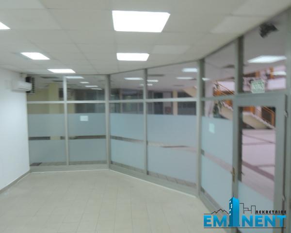 Poslovni prostor 52m² Novi Bgd sava Centar Milentija Popovića
