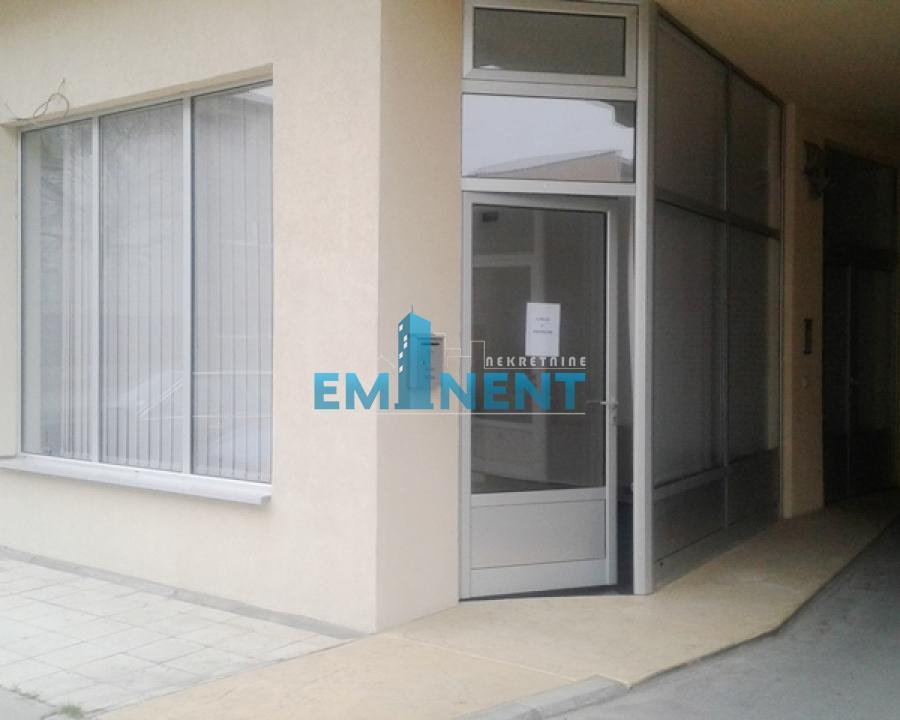 Poslovni prostor 22m² Zemun Centar Novogradska